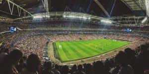 Así es como impactaría la suspensión de los partidos en los contratos de los futbolistas, dice la FIFA