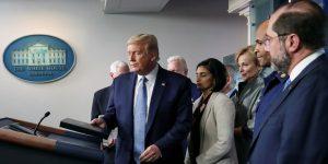 Trump ordena evitar reuniones mayores a 10 personas en EU y salir a comer o a bares