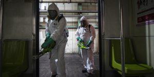 Baba y sudor, las amenazas ante el Covid-19 que trabajadores del metro de la CDMX combaten todas las madrugadas
