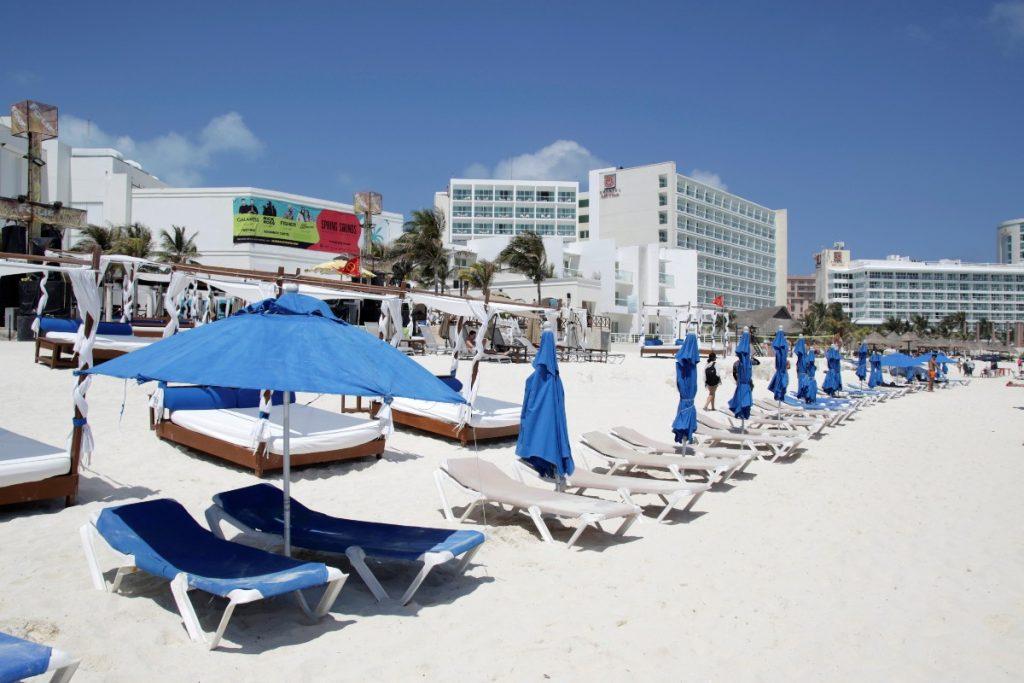como reservar un cuarto de hotel en cancun