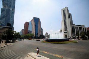 S&P baja la calificación a México a BBB