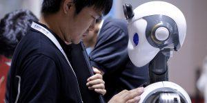 Wuhan tiene un hospital de robots para evitar un rebrote de coronavirus