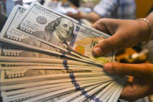 Los inversionistas extranjeros huyen de México y la fuga de capitales alcanza niveles récord en marzo