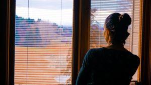 El aislamiento contra el Covid-19 pone al límite a las personas con adicciones — los centros de apoyo aprovechan la tecnología para evitar recaídas