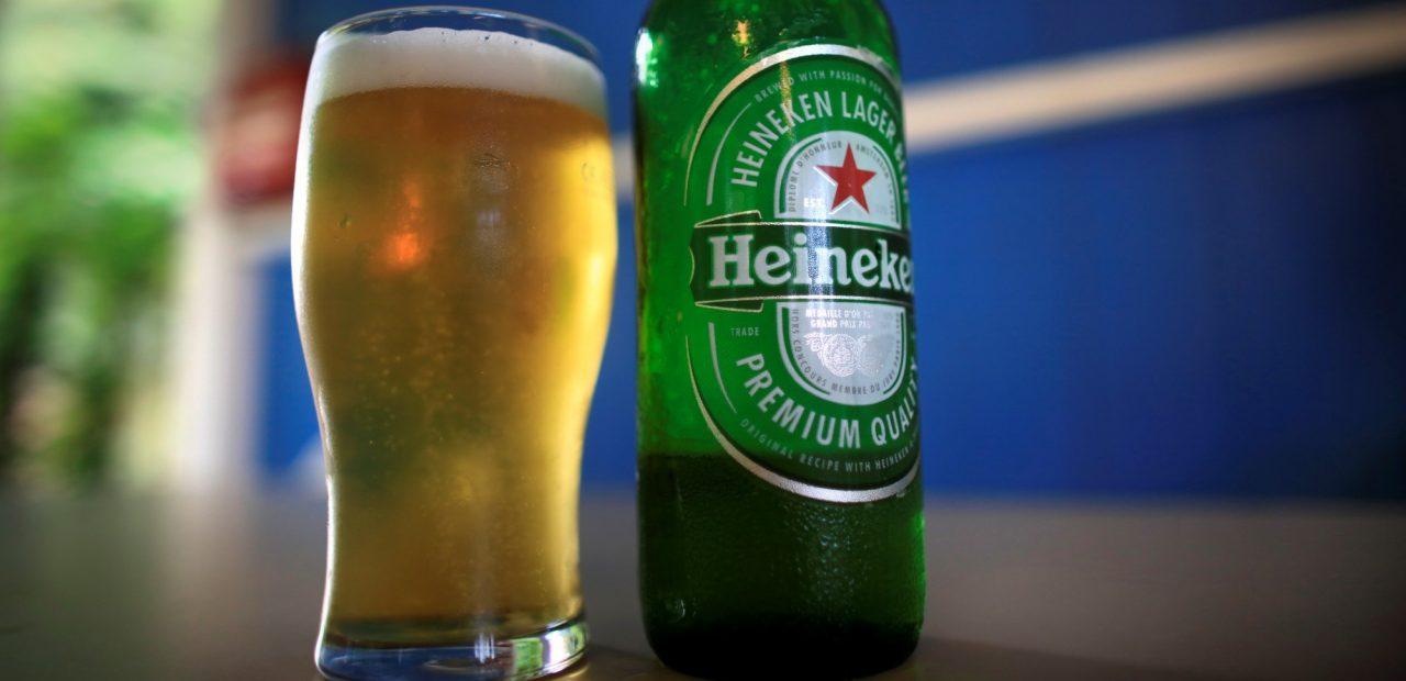 Cerveza Heineken y Modelo