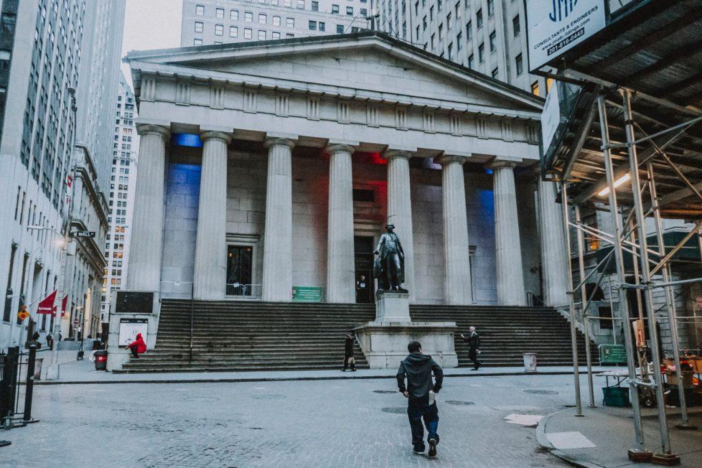 Nueva York Wall Street downtown calles vacías coronavirus