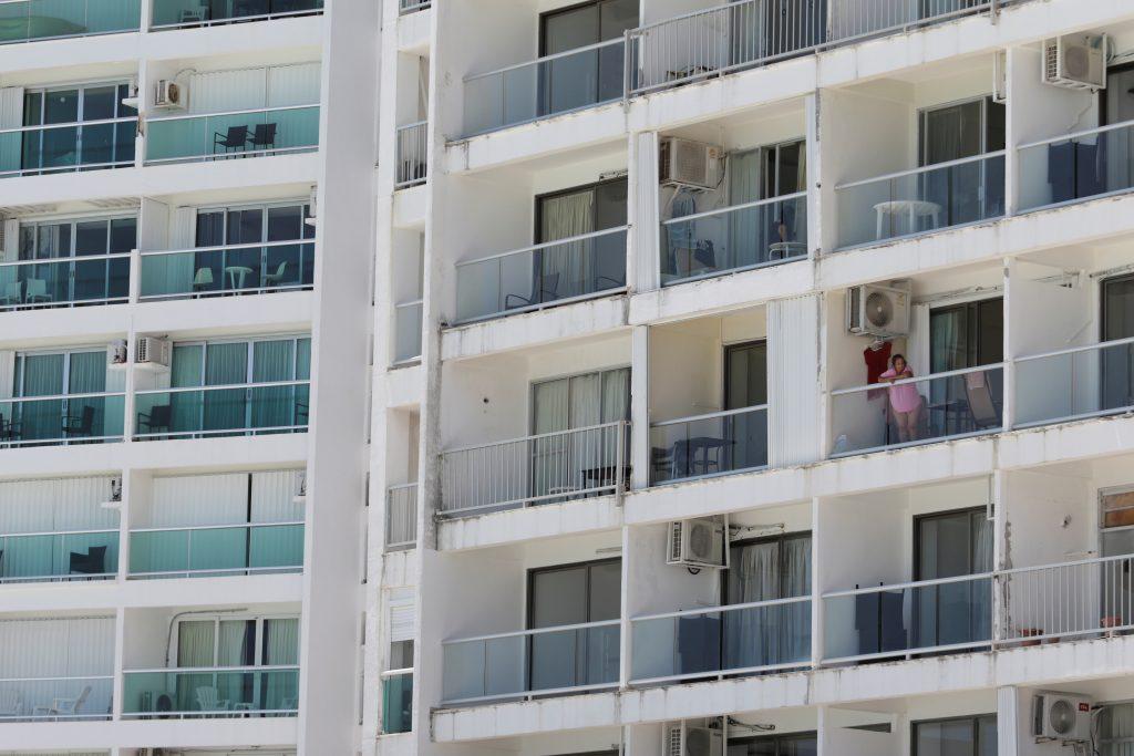 vecinos coronavirus edificios prevención contagio
