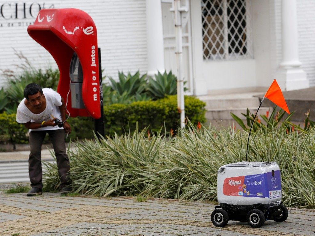 Rappi entregas robots Colombia