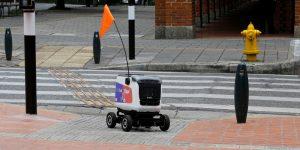 El futuro ya está aquí: Rappi hace entregas con robots en Colombia por la cuarentena