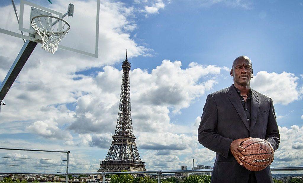 Michael Jordan en paris ex basquetbolista nba chicago bulls el ultimo baile fortuna multimillonario