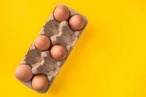 Si no puedes comprar una caja de huevos, aquí están las opciones que expertos recomiendan para sustituirlos