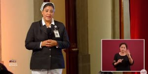 Conoce a la Jefa Fabiana, la enfermera con maestría y doctorado del IMSS que pide respeto para su profesión