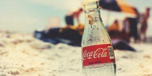 Coronavirus afecta las ventas de Coca-Cola debido al cierre de restaurantes, cines y estadios