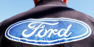 Ford de México producirá 100,000 escudos faciales para ayudar contra el coronavirus