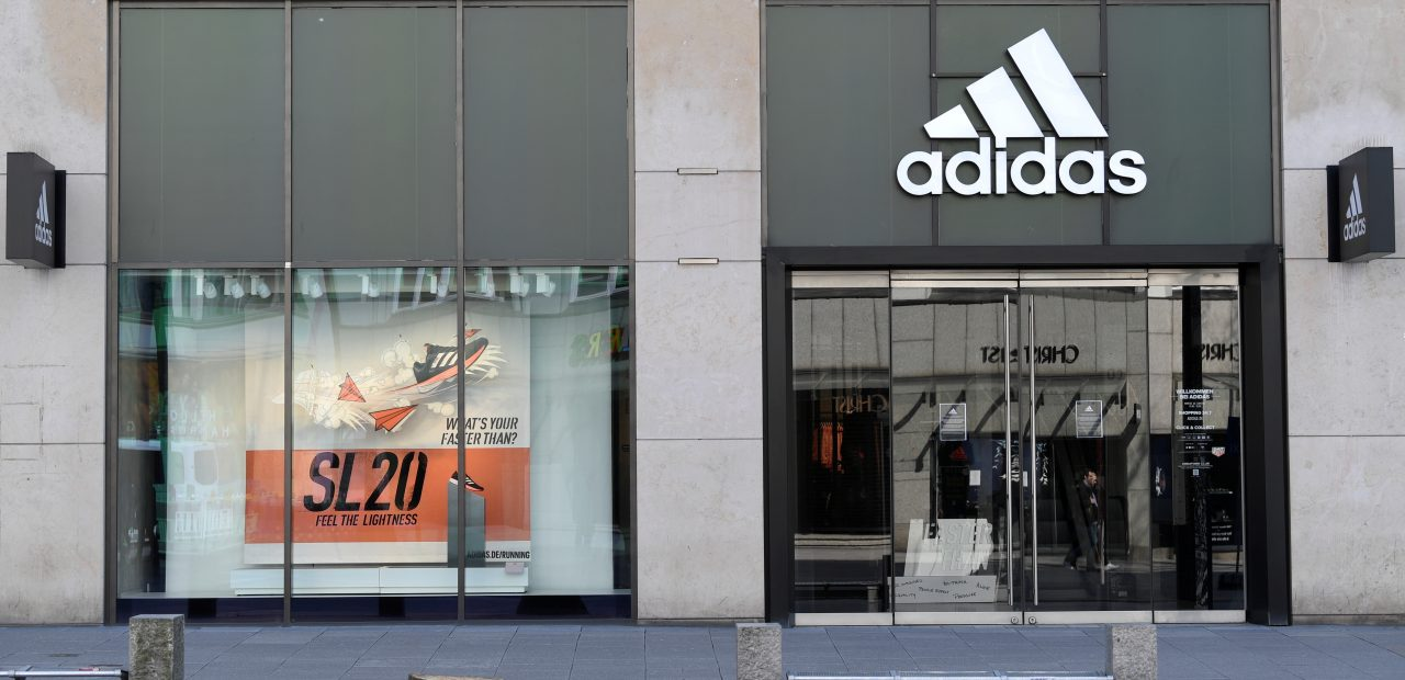 Adidas caída en ventas y ganancias operativas primer y segundo trimestre del año 2020