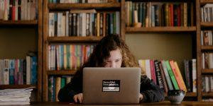 6 consejos para niños que estudian en casa, según los padres que lo han hecho