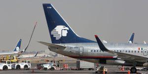 Aeroméxico pedirá que pasajeros usen cubrebocas en todos sus vuelos – y durante todo el viaje