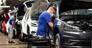 La producción y exportación de autos en México cae casi 100% en abril por la epidemia de coronavirus
