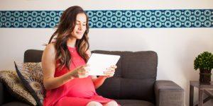 5 productos financieros que son un regalo perfecto para mamá este Día de las Madres