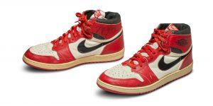 Los primeros tenis que Nike Air lanzó con Michael Jordan en 1985 serán subastados en Sotheby's