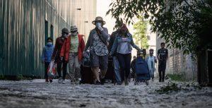 En una de las ciudades más ricas del mundo, los pobres piden comida para sortear la crisis por coronavirus — los inmigrantes son quienes más sufren