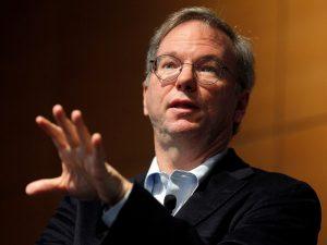 Eric Schmidt, ex CEO de Google, predice que las empresas necesitarán más espacio en sus oficinas después de la pandemia