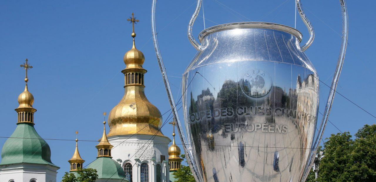 UEFA champions league trofeo réplica