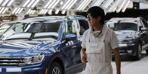 El gobierno de Puebla dice que aún no hay condiciones para reabrir industria automotriz en la entidad