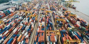 Las exportaciones totales de México retroceden 40.9% en abril — su peor caída desde marzo de 1986