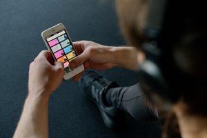 Los usuarios de Spotify están haciendo playlists para todo tipo de actividades durante la cuarentena. Estas son 7 de las más populares