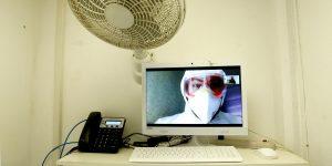 Este hospital de Guadalajara usa Zoom para conectar a enfermos de Covid-19 con sus familiares