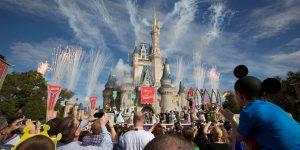 Disney World está reabriendo: esto es lo que ganan los trabajadores en los parques de atracciones de Estados Unidos