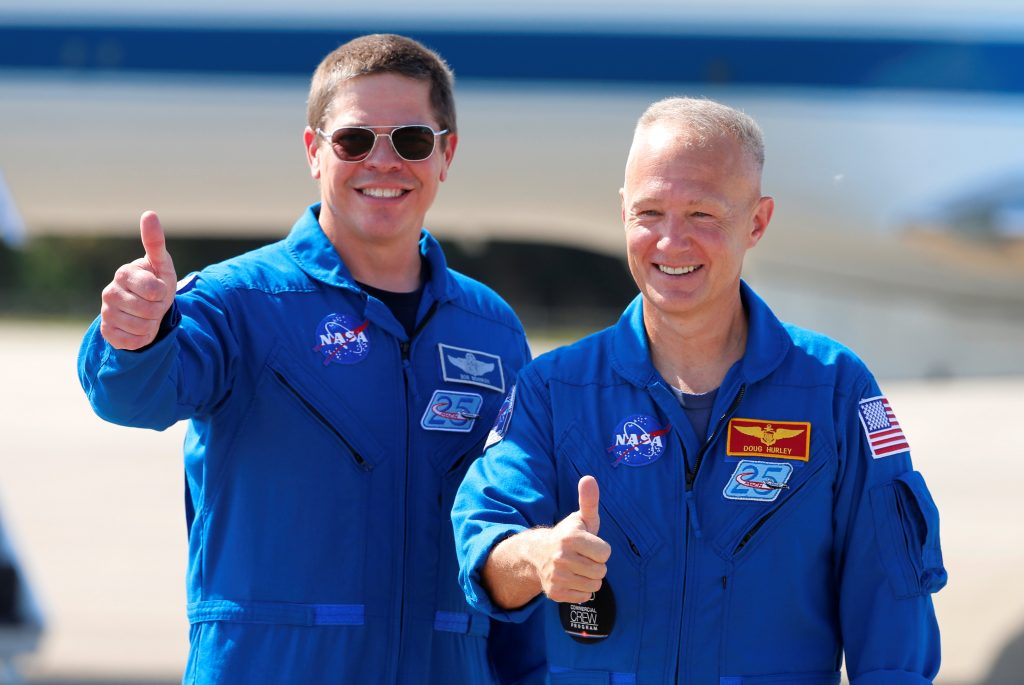 astronautas Behnken Hurley