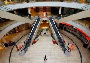 Estar fuera de los centros comerciales es una ventaja para las tiendas en la era post-coronavirus