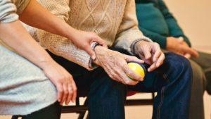 El pensamiento negativo está relacionado con la demencia en edades avanzadas, de acuerdo con un estudio