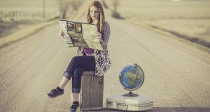 ¿Es seguro viajar? Entrevistamos a expertos sobre los riesgos de volar, reservar hoteles o Airbnbs, alquilar autos y más