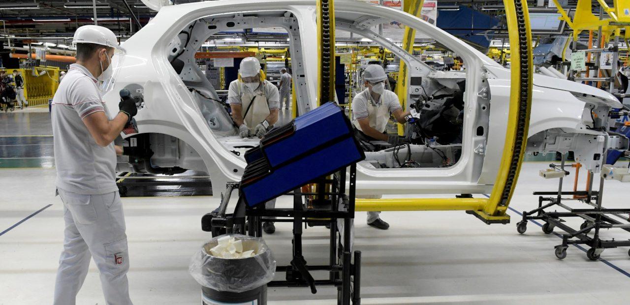 comercio internacional sector automotriz autos industria