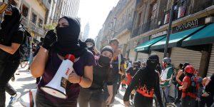 2 nuevas denuncias de abuso policial aumentan la indignación en México — habrá más protestas el fin de semana