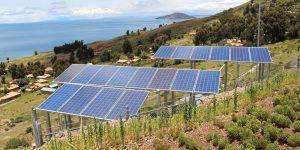 Empresarios mexicanos critican el fuerte incremento a tarifas de transmisión eléctrica para energías renovables