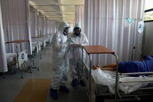 """México camina hacia la """"nueva normalidad"""" mientras batalla por evitar un colapso en su sistema de salud"""