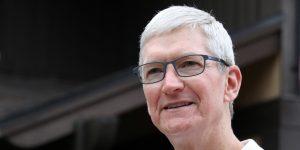 Apple no quiere aprobar la nueva app de juegos de Facebook en el iPhone, según informes