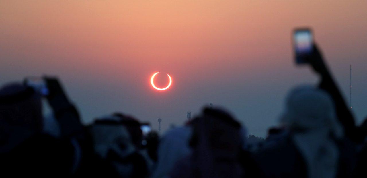 El domingo sucederá un eclipse solar de 'anillo de fuego'—así podrás verlo