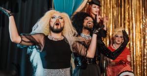 Así es como puedes celebrar el Orgullo LGBTQ+ con las Experiencias en línea de Airbnb