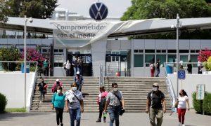 100 empleados de Volkswagen México dan positivo por coronavirus en Puebla, solo 45% de los empleados fueron examinados