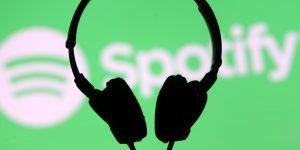 Spotify predijo que estas serán las canciones más populares del verano 2020 — la lista incluye a Bad Bunny, Lady Gaga y Rosalía