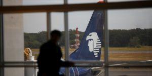 Aeroméxico despedirá a más de 600 sobrecargos como parte de su proceso de reestructura