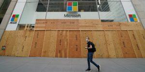 Microsoft cerrará sus tiendas minoristas por el coronavirus; perderá 450 millones de dólares