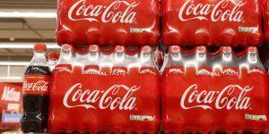 Coca-Cola elimina su publicidad de todas las redes sociales por las protestas racistas en EU