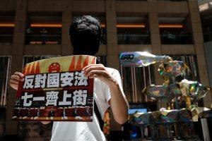 China aprobó una ley de seguridad nacional radical en Hong Kong y los activistas a favor de la democracia eliminan sus cuentas de redes sociales