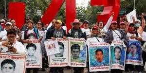 """""""Se acabó la verdad histórica"""", dice la FGR y va por 46 servidores públicos por el caso Ayotzinapa — Tomás Zerón huyó del país y ya lo busca la Interpol"""